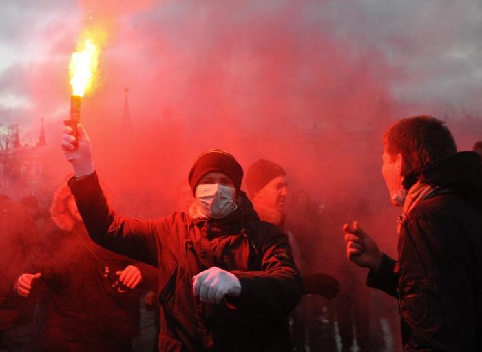 Пособие по борьбе с молодежным радикализмом разработают в РФ.