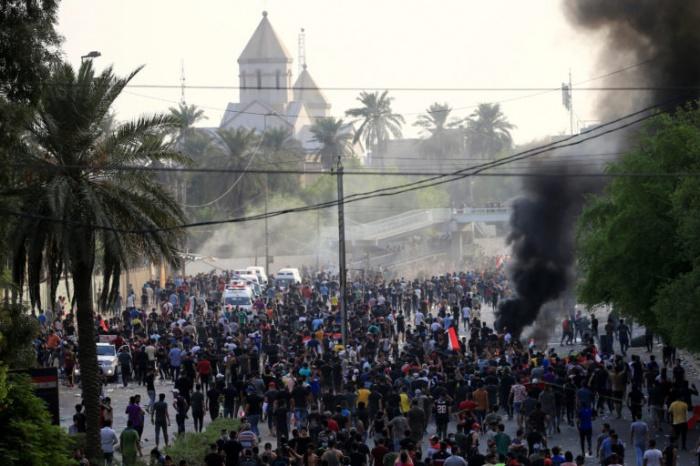 Масштабные протесты продолжаются в Ираке.