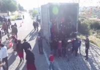 В Турции перехватили грузовик с почти сотней афганских мигрантов