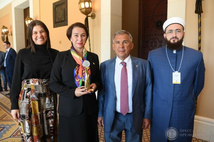 Камиль Самигуллин с главой и членами татарстанской делегации.