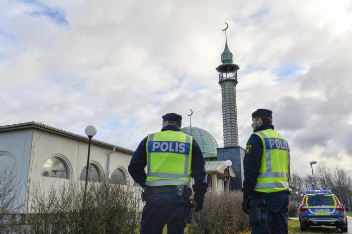 Власти Швеции не стали высылать из страны радикальных имамов.