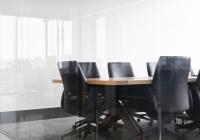 Ученые рассказали о пользе многочасовых совещаний на работе