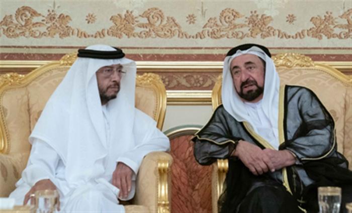 Президент ОАЭ (справа) и его брат, скончавшийся накануне.