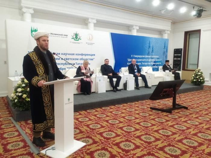 Место религии в светском обществе обсуждают в Казани.