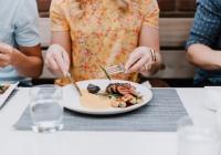 Диетолог рассказала об опасности интервального голодания