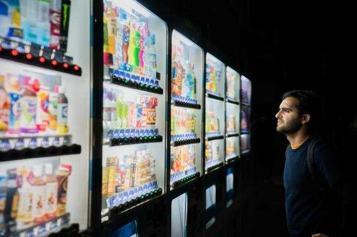 В рамках опроса каждый второй россиянин посетовал, что сложнее всего сделать выбор в отсутствии информации о продукте и из-за нехватки знаний о предмете покупки