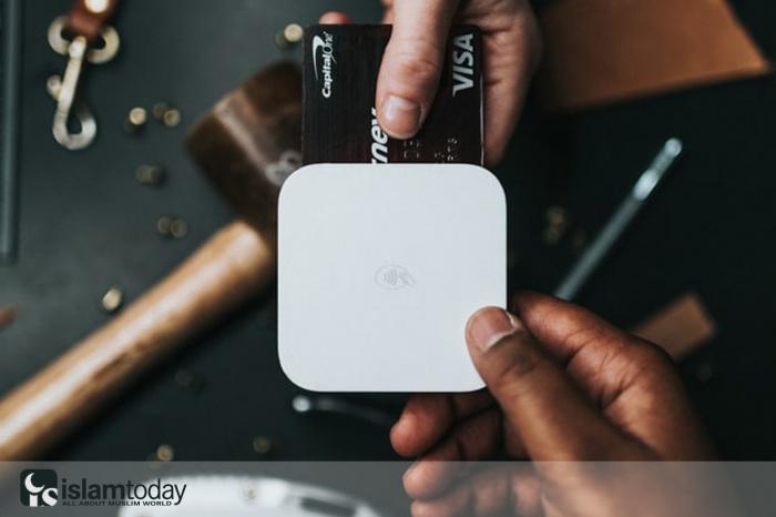 Является ли кэшбэк и вознаграждения по кредитным картам формой ростовщичества? (Источник фото: unsplash.com)