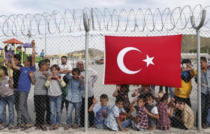 В Турции проживают более 3,5 млн сирийских беженцев.