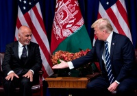Трамп пригласил президента Афганистана в США