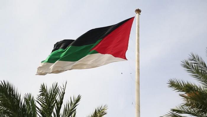 Власти ОАЭ ужесточают наказание за домогательства.