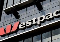 Глава крупнейшего банка Австралии покинет пост из-за обвинений в финансировании терроризма