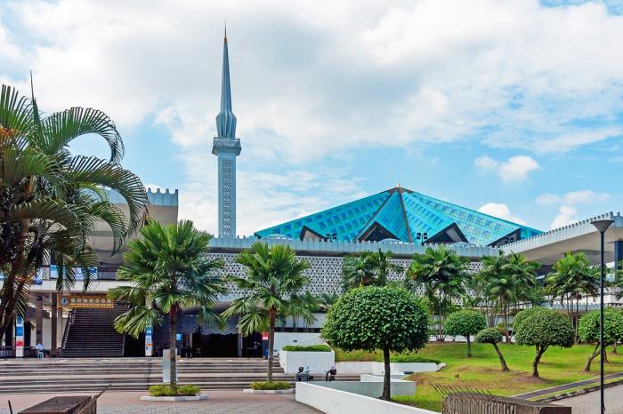 Масджид Негара в Куала-Лумпуре.