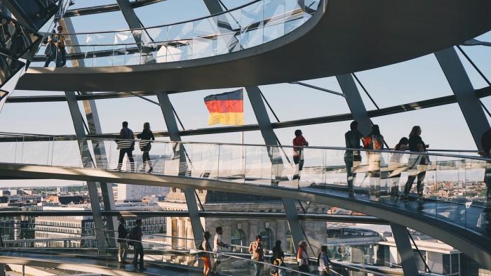 По словам исследователей, практически половина европейцев — 45% — жалуются на то, что их счета растут гораздо быстрее, чем их доходы
