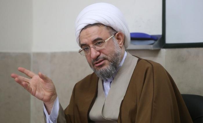 Аятолла Шейх Мохсен Араки.