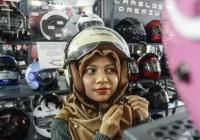 Мотоциклетный шлем для мусульманок представили в Индонезии