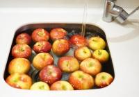 «Бессмертные» яблоки начали продавать в США