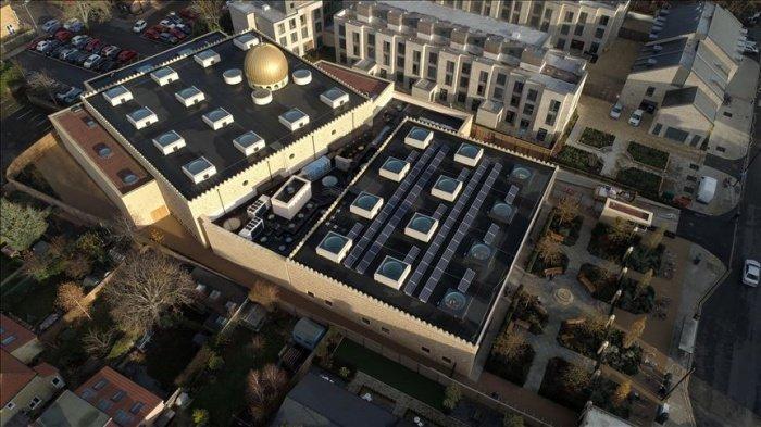 Уникальная мечеть появилась в Кембридже.