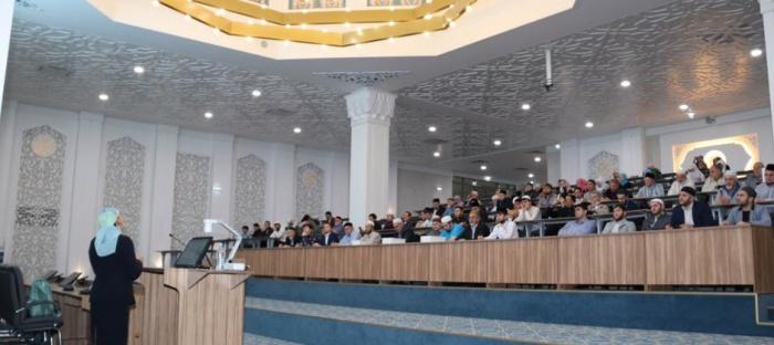 Фото с презентации проекта.