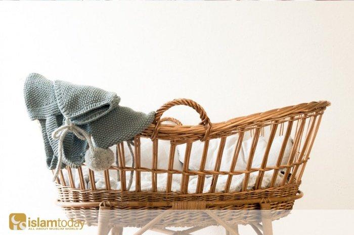 Какие сунны нужно совершить после рождения ребенка? (Источник фото: unsplash.com)