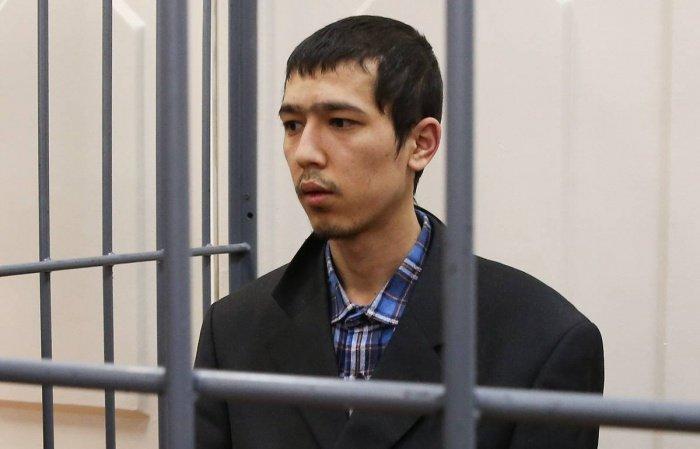 Аброр Азимов на заседании суда.