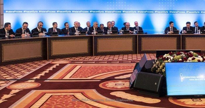 В столице Казахстана продолжается втсреча по Сирии.