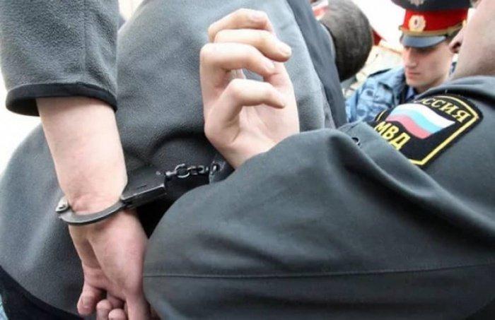 Причиной ареста подозреваемого в терорризме стало мелкое хулиганство.