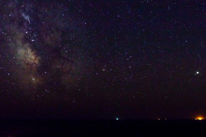 Звездопад можно будет увидеть только в Северном полушарии, поскольку радиант метеорного потока располагается в созвездии Малая Медведица, от которой и берет свое название звездопад (от лат. ursus – «медведь»)