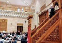 Муфтий Татарстана провел джума-намаз в Соборной мечети Минска