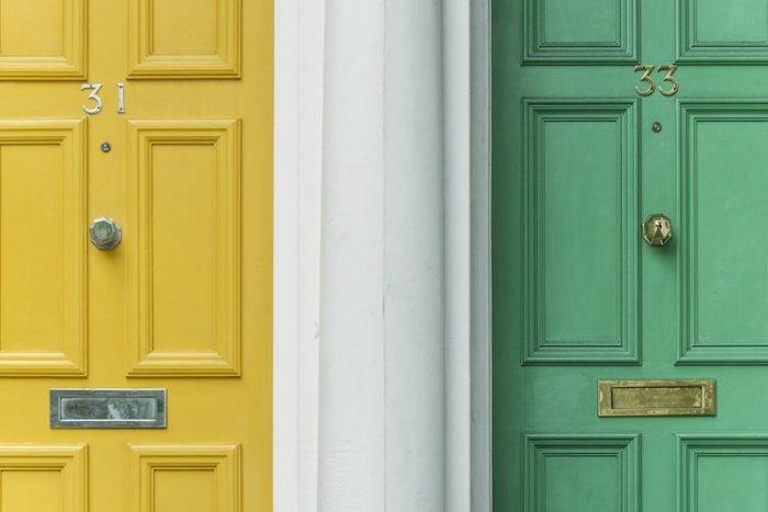 В многоквартирных домах число недоверчивых горожан составляет 18%. Среди тех, кто проживает в съемном жилье, это количество повышается до 28%