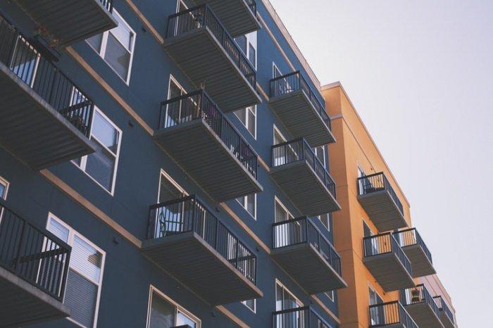 Спальные районы с развитой инфраструктурой идеальными для жизни считают 53% женщин и 48% мужчин