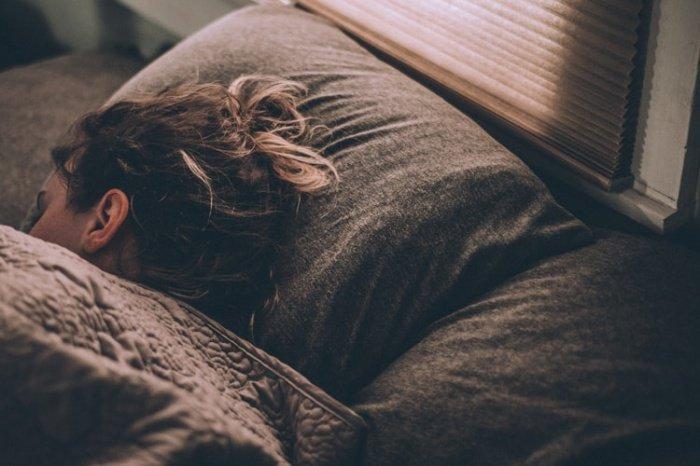 У добровольцев, которые каждый день спали по 7-8 часов крепким здоровым сном, риск появления различных сердечно-сосудистых заболеваний падал почти на треть в сравнении с теми, кто во время ночного сна испытывал некие проблемы