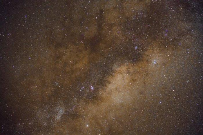 Итоговая выборка представляла собой красноватые звезды, которые в среднем перемещались быстрее, чем иные объекты в каталоге