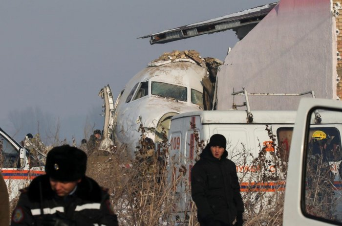 В Казахстане продолжается расследование авиакатастрофы.