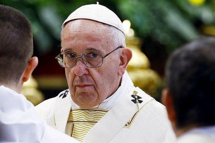 Ватикан направил соболезнования властям Ирана в связи с крушением самолета.