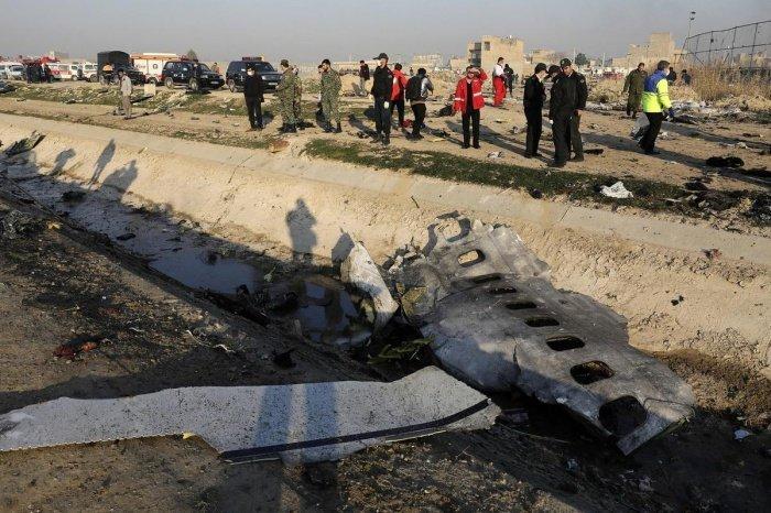 В Иране продолжается расследлвание крушения украинского пассажирского самолета.