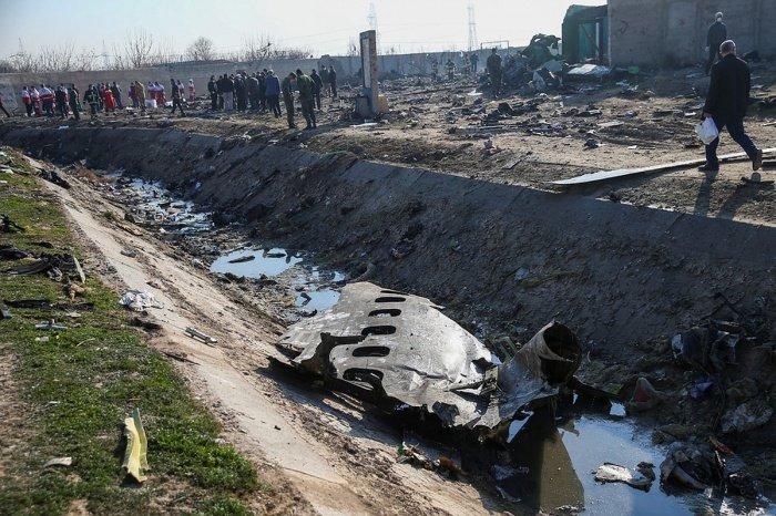 Украина хочет обвинить Россию в крушении самолета в Тегеране.
