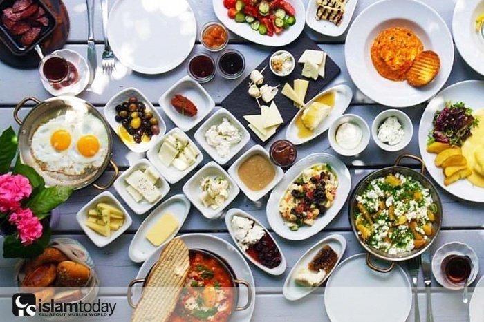 Правила приема пищи османскими султанами. (Источник фото: yandex.ru)