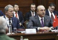 Главы МИД и Минобороны Турции посетят Россию