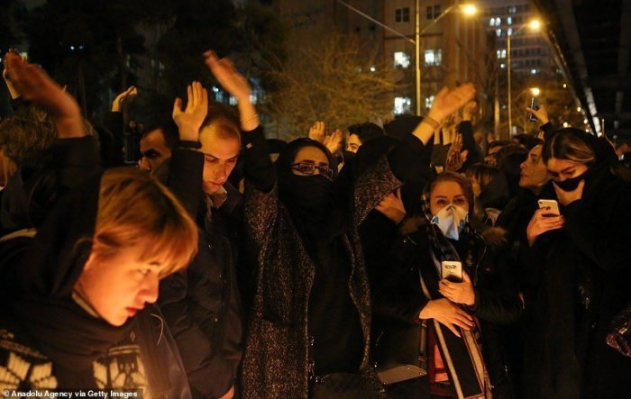 Студенческие протесты в Тегеране продолжаются.