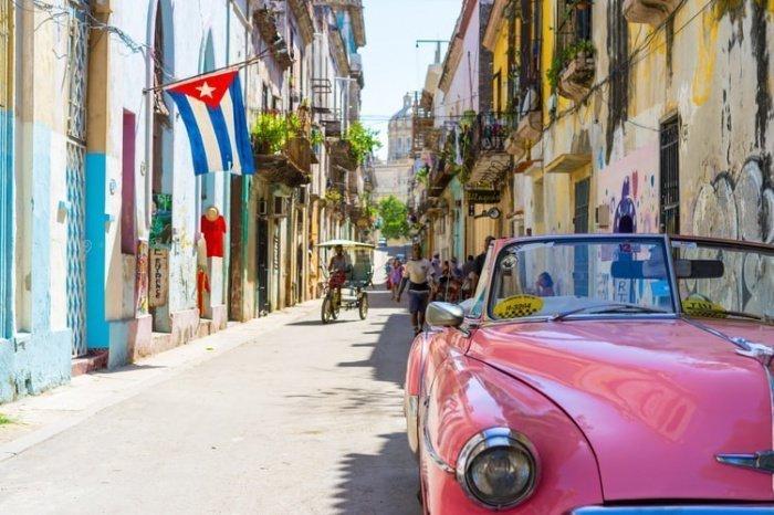 В общей сложности в минувшем году на Кубе побывало свыше 4 млн. иностранных туристов