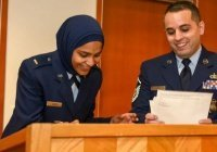 Мусульманка-капеллан впервые принята на службу в армию США