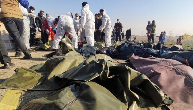 Тела погибших в авиакатастрофе в Тегеране украинцев будут доставлены на родину.