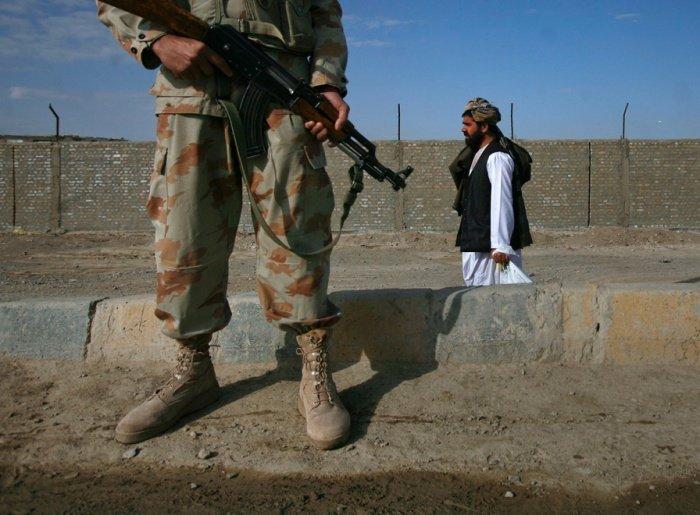 Глава МИД РФ предложил подключить Иран к афганскому урегулированию.