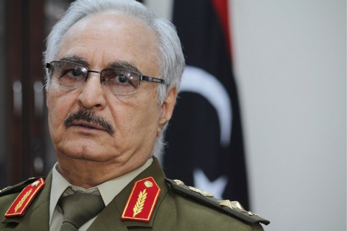 Халифа Хафтар поблагодарил Путина за участие в ливийском урегулировании.