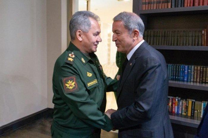 Министры обсудили обстановку в Сирии и Ливии.