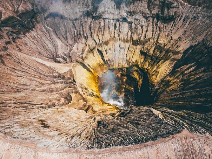 След от удара древнейшего метеорита, говорят ученые, на 200 млн. лет старше любого такого места из всех известных на Земле