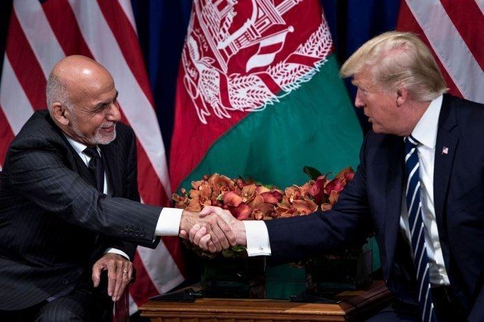 Президенты США и Афганистана на одной из встреч.