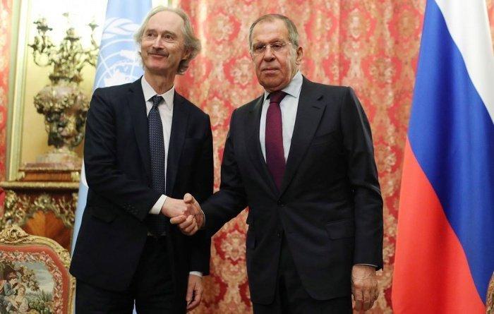 Сергей Лавров и Гейр Педерсен на встрече в Москве.