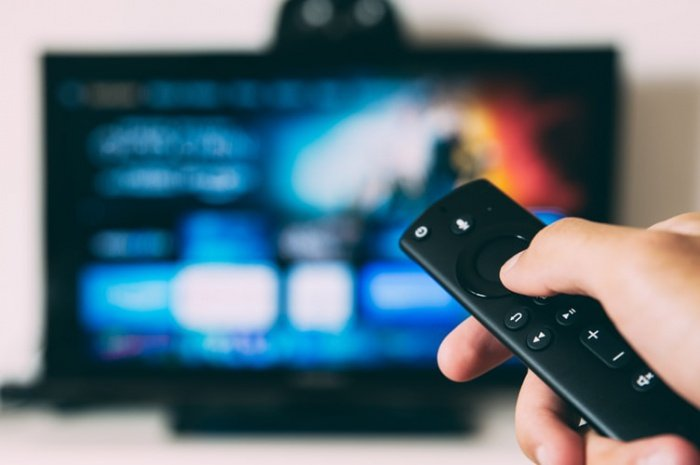 98% граждан включают ТВ хотя бы раз в месяц. При этом 66% населения смотрят ТВ каждый день