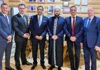 Муфтий РТ обсудил развитие халяльного туризма с представителями гостиничного бизнеса ОАЭ